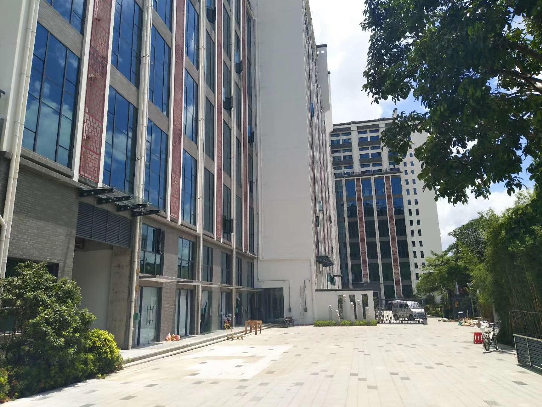 布吉-名仕轩-花园红本复式三房总价125万/套起