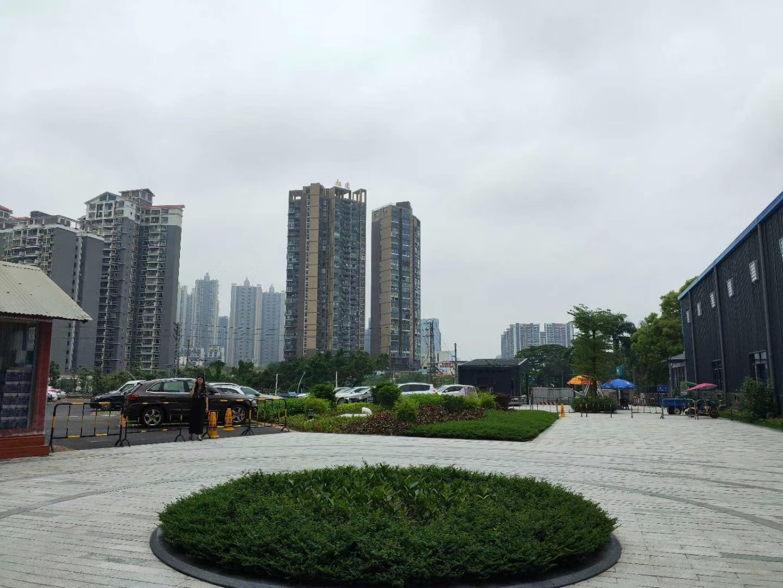 龙华锦华公寓-龙胜地铁口800米花园小区总价42.8万起