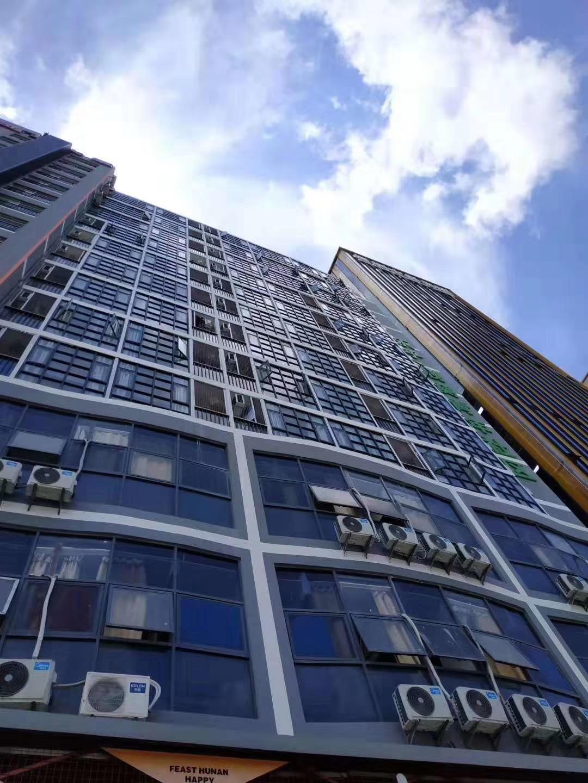 坂田中裕大厦大型统建楼精装二房63.8万/起